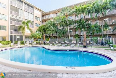 Lauderdale By The Sea Condo/Townhouse For Sale: 4117 Bougainvilla Dr #114