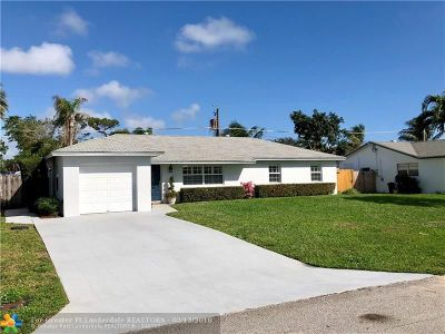 Boynton Beach Single Family Home For Sale: 3827 Barkis Ave