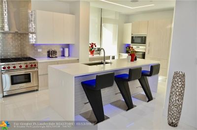 Fort Lauderdale Condo/Townhouse For Sale: 30 Isle Of Venice #A303