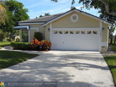 Lake Worth Single Family Home For Sale: 8055 Burlington Ct