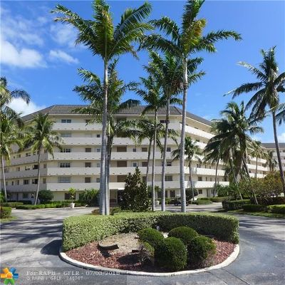 Deerfield Beach Condo/Townhouse For Sale: 400 N Federal Hwy #410