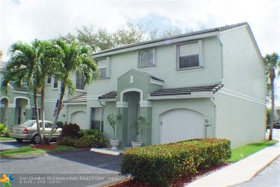 Davie Condo/Townhouse For Sale: 4801 Grapevine Way #4801