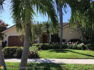 Boca Raton Single Family Home For Sale: 360 Apache Ln