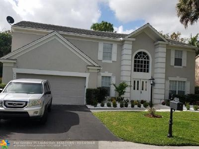 Coral Springs Single Family Home For Sale: 7518 Live Oak Dr