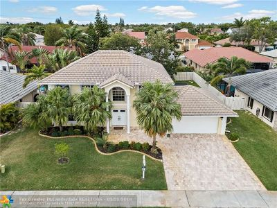 Davie Single Family Home For Sale: 861 E Somerset Ave