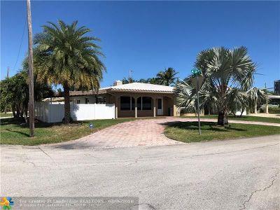 Oakland Park Single Family Home For Sale: 1815 NE 34th St