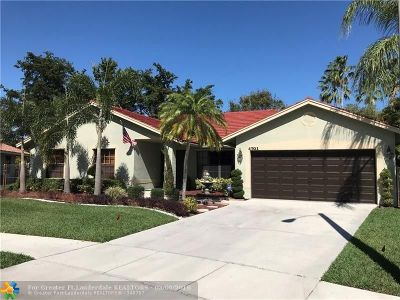 Coconut Creek Single Family Home For Sale: 4701 NW 52nd St