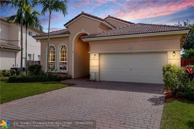 Pembroke Pines Single Family Home For Sale: 1905 NW 72nd Way