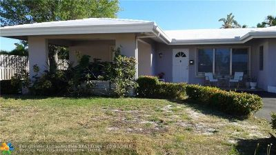Lauderdale By The Sea Single Family Home For Sale: 262 Pine Ave