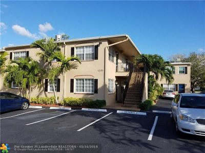 Fort Lauderdale Condo/Townhouse For Sale: 1231 SE 1st St #10