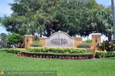 Delray Beach Single Family Home For Sale: 4806 W Bexley Park Dr
