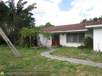 Boca Raton Single Family Home For Sale: 1001 NW 6th Dr