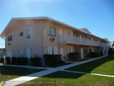 Lighthouse Point Condo/Townhouse For Sale: 2001 NE 38th St #11