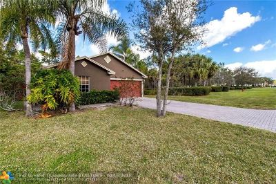 West Palm Beach Single Family Home For Sale: 5593 Rambler Rose Way