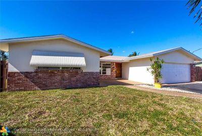 Pompano Beach Single Family Home For Sale: 1121 SE 9th Ter