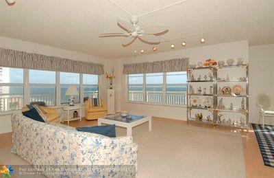 Condo/Townhouse For Sale: 3850 Galt Ocean Dr #1011