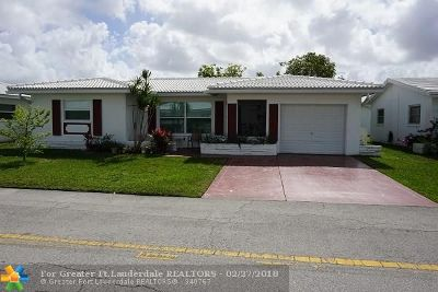 Tamarac Single Family Home For Sale: 8202 NW 59th Pl