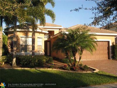 Boynton Beach Single Family Home For Sale: 8380 Emerald Winds Cir