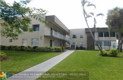 Delray Beach Condo/Townhouse For Sale: 228 Piedmont E #228