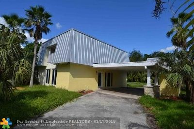 Miami Single Family Home For Sale: 10001 SW 128th St