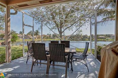 Coconut Creek Single Family Home For Sale: 5030 Pebblebrook Way