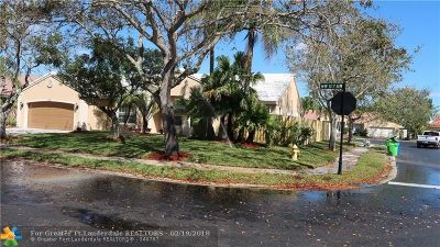 Sunrise Single Family Home For Sale: 1382 NW 127th Dr