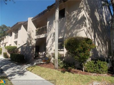 Coconut Creek Condo/Townhouse For Sale: 4069 NW 22nd St #228