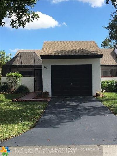 Broward County , Palm Beach County Condo/Townhouse For Sale: 6426 Pinehurst Cir #E29