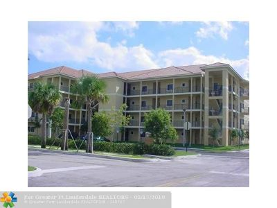 Coral Springs Condo/Townhouse For Sale: 2801 Riverside Dr #202 S