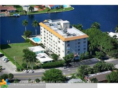 Fort Lauderdale Condo/Townhouse For Sale: 1881 Middle River Dr #303