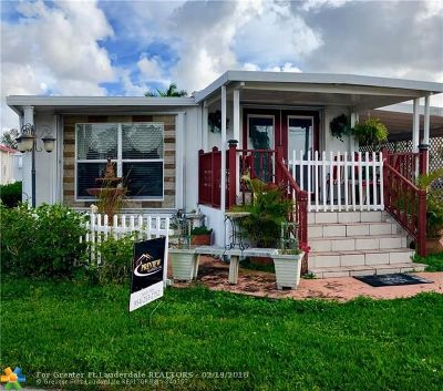 Davie Single Family Home For Sale: 8570 SW 22nd St