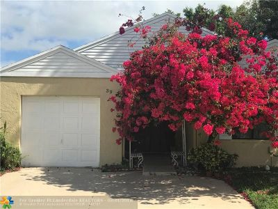 Boynton Beach Single Family Home For Sale: 39 Paxford Ln