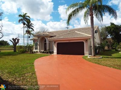 Single Family Home For Sale: 12484 SW 1st St