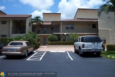 Tamarac Condo/Townhouse For Sale: 8771 Holly Ct #204