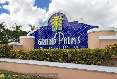 Pembroke Pines Single Family Home For Sale: 15877 SW 16th St