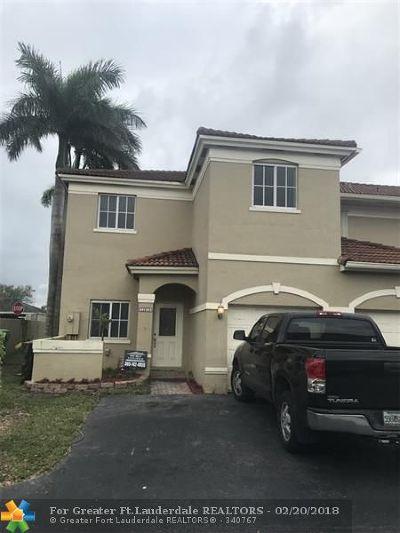 Miami Condo/Townhouse For Sale: 12612 SW 143rd Ln #1
