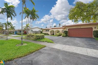 Hollywood FL Single Family Home For Sale: $519,900