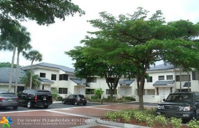 Plantation Condo/Townhouse For Sale: 1614 NW 81st Way #1B2L