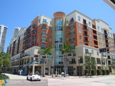 West Palm Beach Condo/Townhouse For Sale: 600 S Dixie Hwy #639