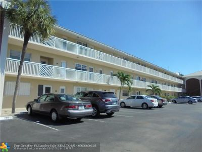 Lighthouse Point Condo/Townhouse For Sale: 1951 NE 39th St #239