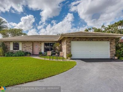 Coral Springs Single Family Home For Sale: 11590 NW 39th Place