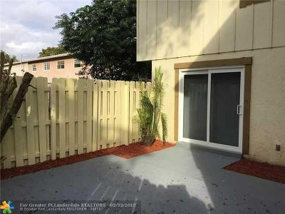 Lauderhill Condo/Townhouse For Sale: 2218 NW 59th Way #63-B