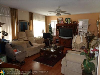 Hallandale Condo/Townhouse Backup Contract-Call LA: 721 Atlantic Shores Blvd #301