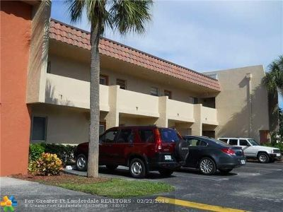 Delray Beach Condo/Townhouse For Sale: 829 Camino Rd #108C