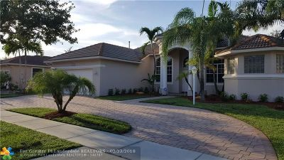 Pembroke Pines Single Family Home For Sale: 13831 NW 16th St