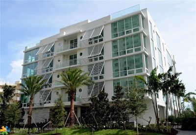 Condo/Townhouse For Sale: 353 Sunset Drve #201