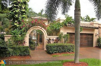 Deerfield Beach Single Family Home For Sale: 561 Via Verona