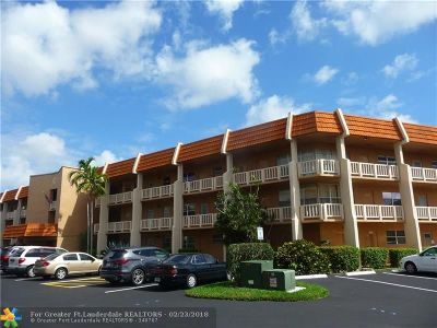Margate Condo/Townhouse For Sale: 6650 Royal Palm Blvd #110C