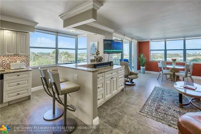 Lauderdale By The Sea Condo/Townhouse For Sale: 5200 N Ocean Blvd #511