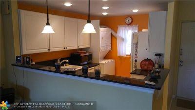 Deerfield Beach Condo/Townhouse For Sale: 1301 E Hillsboro Blvd #203